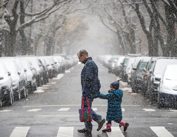 Swath of US to face return of snow before Christmas