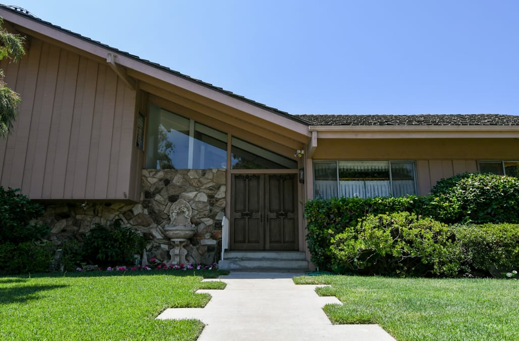 Inside the 'Brady Bunch' house renovations with the original