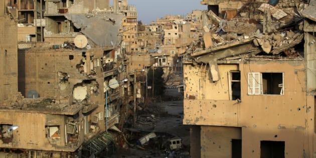Destrucción en las calles de Deir Ezzor, en una imagen de archivo tomada en febrero de 2014.