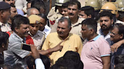 Violent Protests Outside Ryan International School In Gurgaon; Father Of Murdered 7-Year-Old Demands CBI