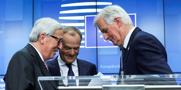 El presidente de la Comisión Europea, Jean-Claude Juncker; el presidente del Consejo Europeo, Donald Tusk, y el jefe de los negociadores de la UE para el Brexit, Michel Barnier.