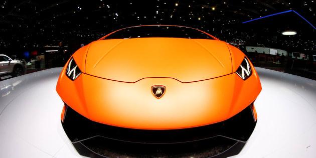 Lamborghini presenta Urus: ecco il super Suv della Casa del Toro
