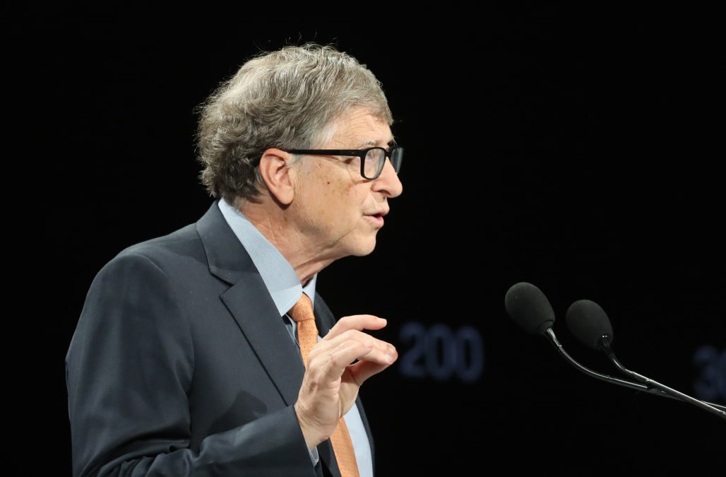 Bill Gates: U.S. needs to shut down 'everywhere' to fight COVID-19