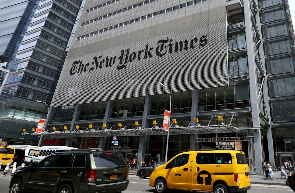 new york times reporter criticized over essay about racism shown  new york times reporter criticized over essay about racism shown by white women on sidewalks