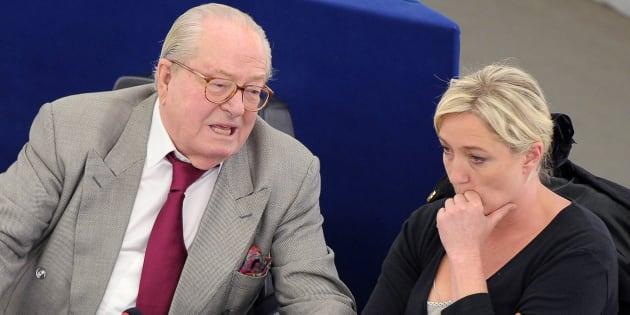 Jean-Marie Le Pen a beau être exclu du FN, Marine Le Pen n'en a pas fini avec son père