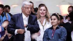 Mientras AMLO está triste por la derrota de los Pumas, su hijo tiene razones para