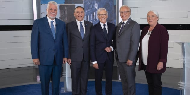 Les quatre chefs en compagnie de Pierre Bruneau.
