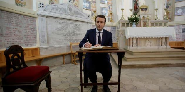 Emmanuel Macron en déplacement en Algérie avant la polémique sur la décolonisation.