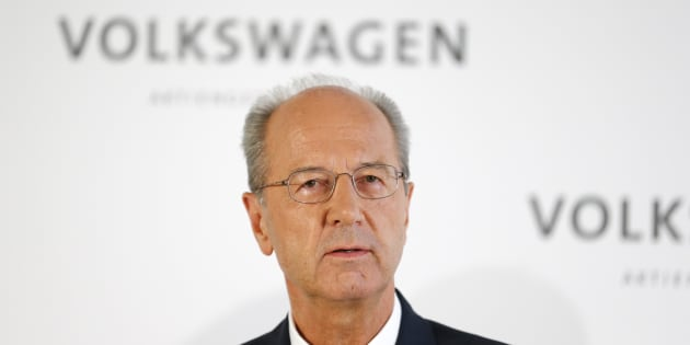 Hans Dieter Poetsch addresses a news conference at the company's headquarters in Wolfburg, Germany Oct. 7, 2015.