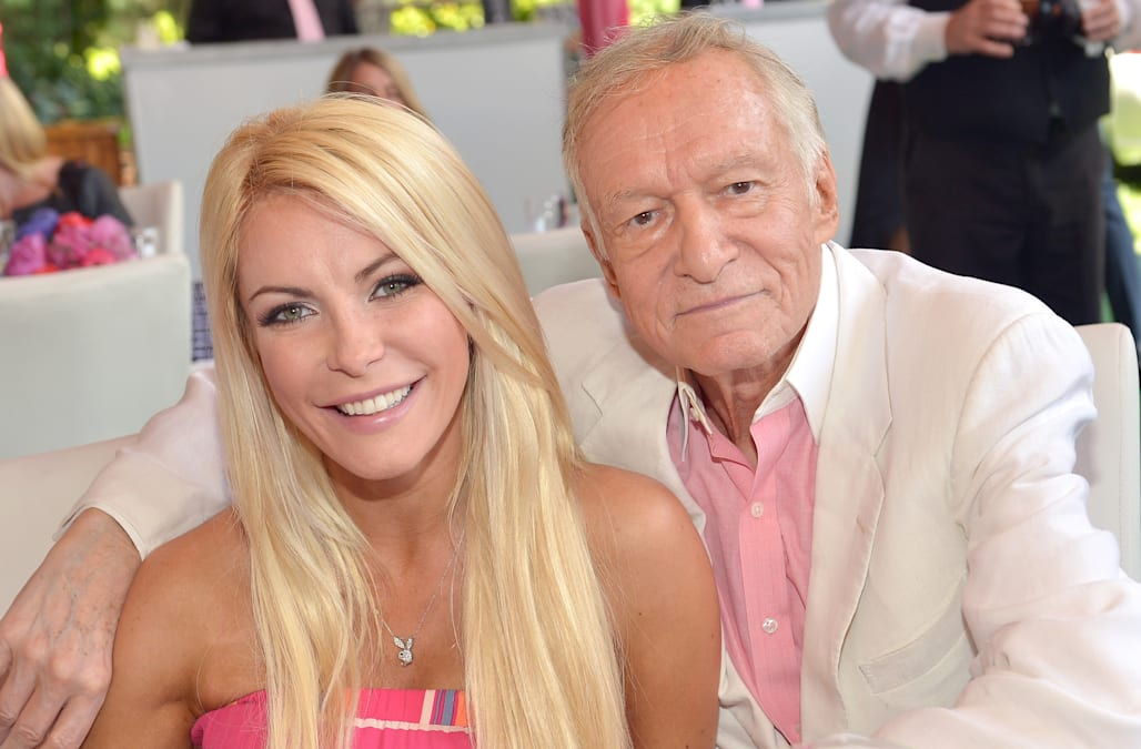 Despite An Earlier Report That Alleged Hugh Hefners Wife Crystal Harris Wouldnt Get Any Of His Reported 43 Million After Death A New Is