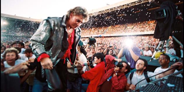 Johnny Hallyday lors de ses 50 ans fêtés au Parc des Princes, en juin 1993.