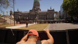 Las protestas y la huelga no bastaron: el Congreso argentino aprueba polémica ley sobre