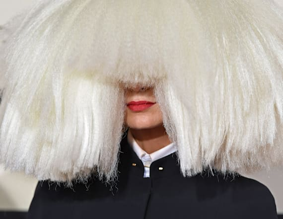 Sia denies doing blackface in resurfaced pic
