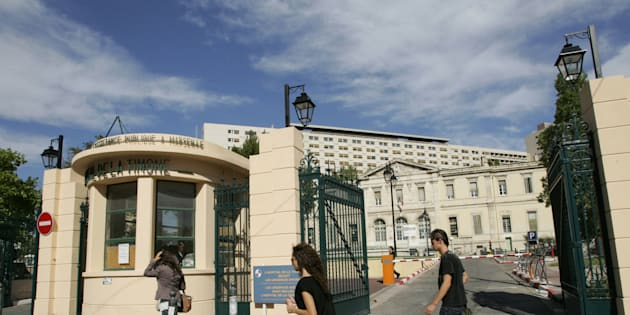 Vue extérieure de l'hôpital de la Timone où exerçait l'interne soupçonné de jihadisme arrêté en Turquie.