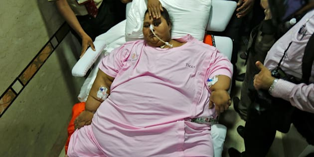 Eman Ahmed, an Egyptian woman who underwent weight loss surgery, is carried on a stretcher as she leaves a hospital in Mumbai, India May 4, 2017.