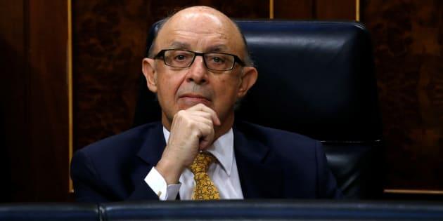 Cristóbal Montoro, ministro de Hacienda, en el Congreso de los Diputados. REUTERS/Juan Medina