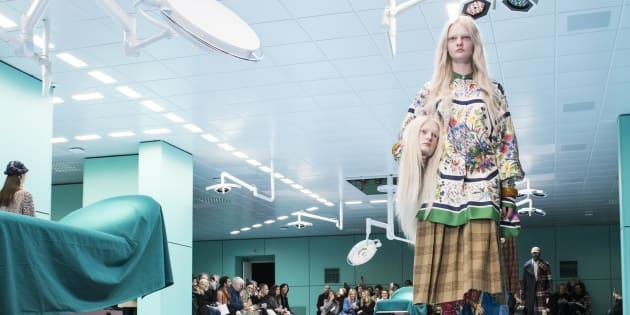 Gucci offende i malati. La scelta di sfilare in una sala ope