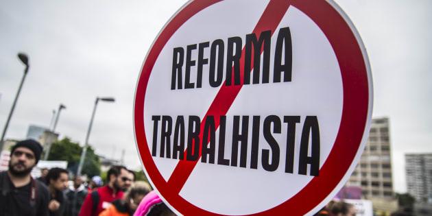 A reforma trabalhista gerou uma onda de insatisfação e protestos.