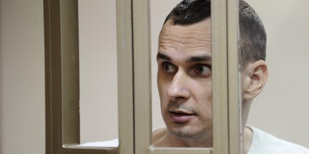 Oleg Sentsov (ici en 2015 lors d'une audience à Rostov-on-Don, en Russie), a atteint son 100e jour de grève de la faim.