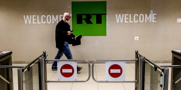 Privés d'accréditations, les médias pro-Kremlin RT France et Sputnik auront désormais accès à l'Elysée.