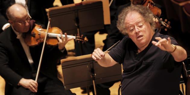 """""""Pas quelqu'un à qui on pouvait dire non"""": le chef d'orchestre James Levine accusé d'agression sexuelle"""