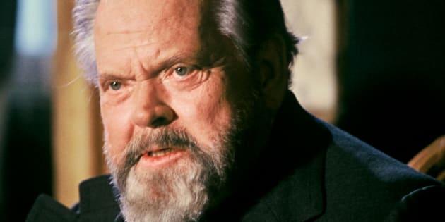 Orson Welles est décédé en le 10 octobre 1985.