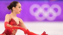 Cette patineuse de 15 ans offre sa première médaille d'or à la