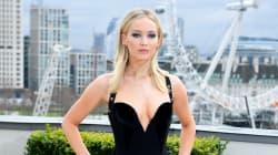 Cette tenue de Jennifer Lawrence fait débat, elle réagit