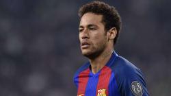 Neymar no PSG: Uma marionete do dinheiro e da política no