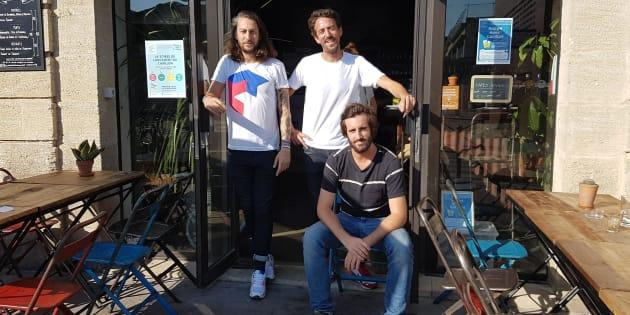 Christian Delachet, Luc Jaubert et Jérémie Ballarin dans leur premier lieu solidaire, le café Wanted, ouvert à Bordeaux cet été.