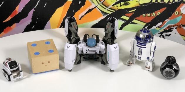 On a testé 5 robots pour un cadeau de Noël futuriste.
