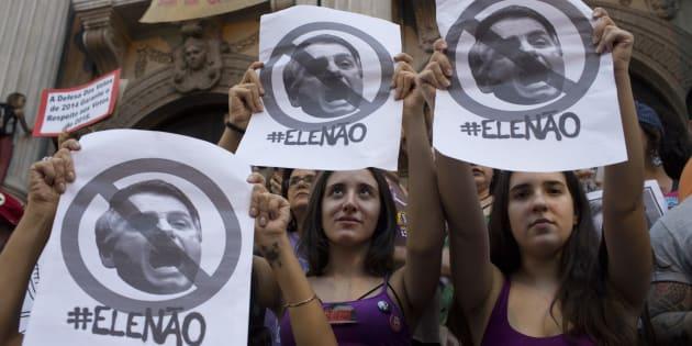 Milhares de mulheres foram às ruas pelo Brasil em 29 de setembro, em oposição ao candidato à Presidência Jair Bolsonaro (PSL).