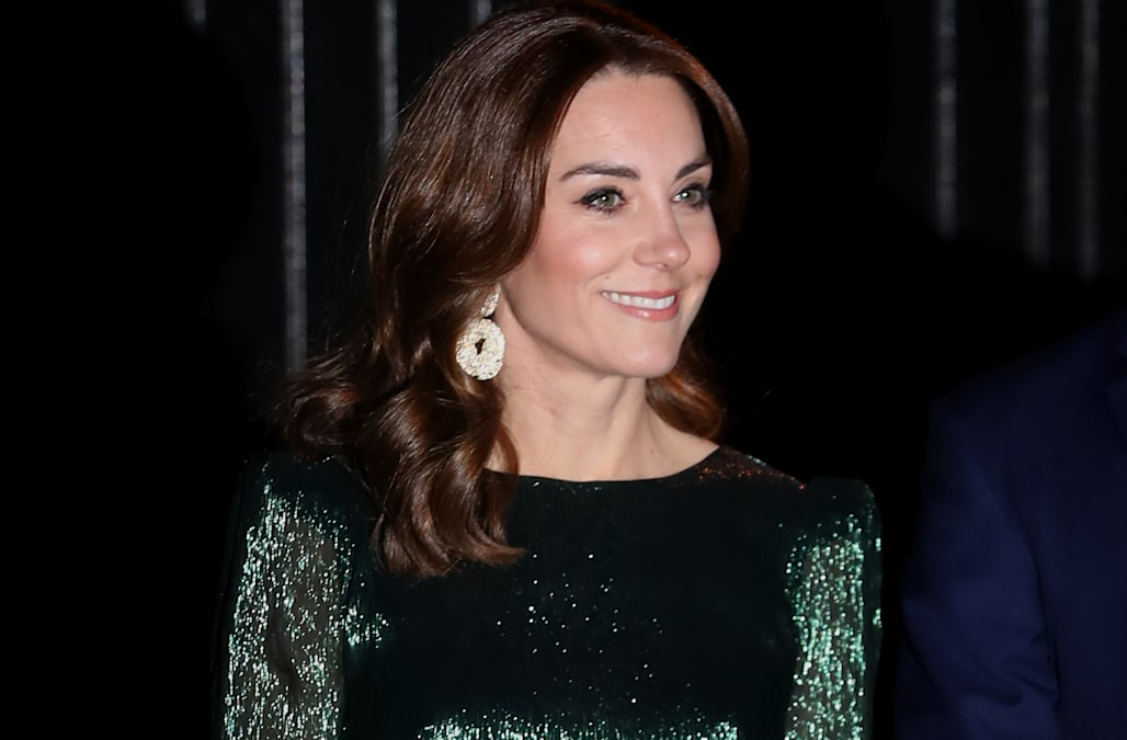 Kate Middleton sparkles in green sparkly gown for Ireland party