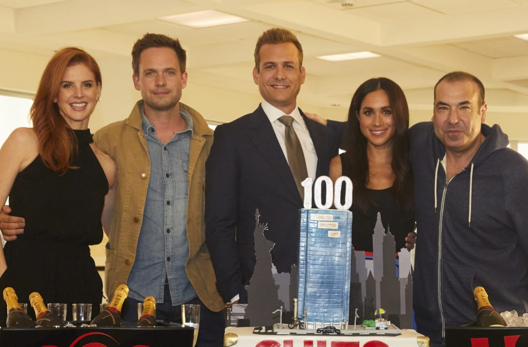 Meghan Markle celebrates 100th episode of 'Suits' with her cast