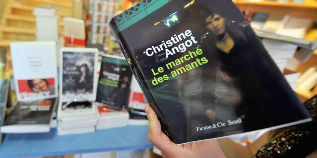 Ce que les livres de Christine Angot nous disent de son point de vue.