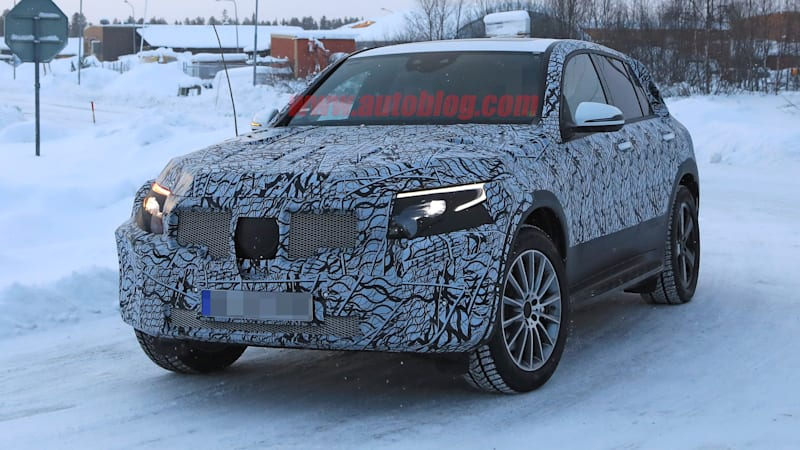 Mercedes-Benz EQ C electric SUV caught in the cold