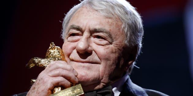 Le cinéaste Claude Lanzmann avait reçu un Ours d'or d'honneur des mains du jury de la Berlinale (festival international du film de Berlin) pour l'ensemble de son œuvre, à Berlin, le 14 février 2013.