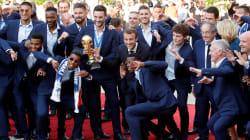 Revivez le retour des Bleus en France et leur défilé sur les