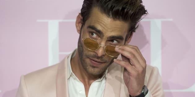 El modelo Jon Kortajarena, durante el estreno de la película 'Pieles' en Madrid el 7 de junio de 2017.
