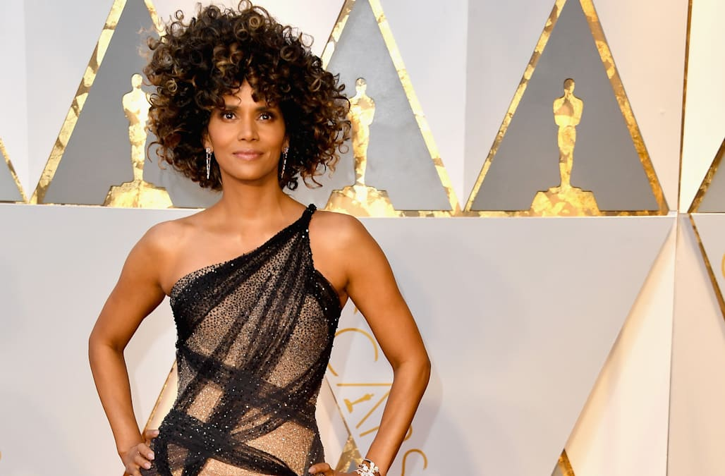 Oscars 2017  Red carpet arrivals - AOL Entertainment d9bbf9909