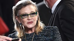 Carrie Fisher reçoit un Grammy à titre