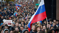 Russian Activists Call For Putin To