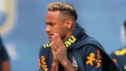 Neymar a emmené deux coiffeurs avec lui en