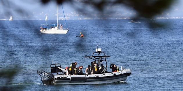 La gendarmerie maritime et des membres du Groupement des plongeurs démineurs en patrouille près du Fort de Brégançon, le 7 août.
