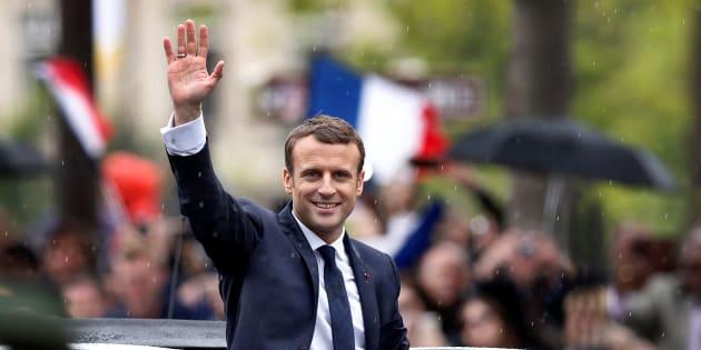 Au bout d'un an de présidence, nul ne peut dire qu'Emmanuel Macron renonce ou fait volte-face.