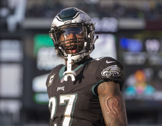 Eagles' Malcolm Jenkins slams replay official