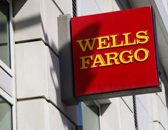 Wells Fargo hit with $1B fine