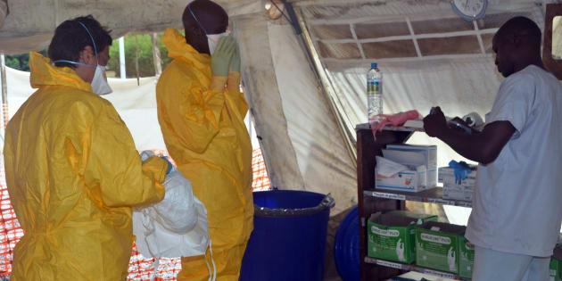 """La primera emergencia por ébola surgió en 1976 en la región que ahora se conoce como República Democrática del Congo. La epidemia recibió el nombre de """"ébola"""" por un río en el país."""
