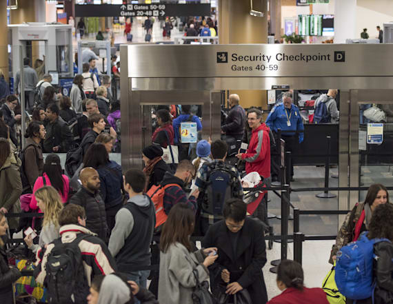 The worst airports to fly out of this holiday season