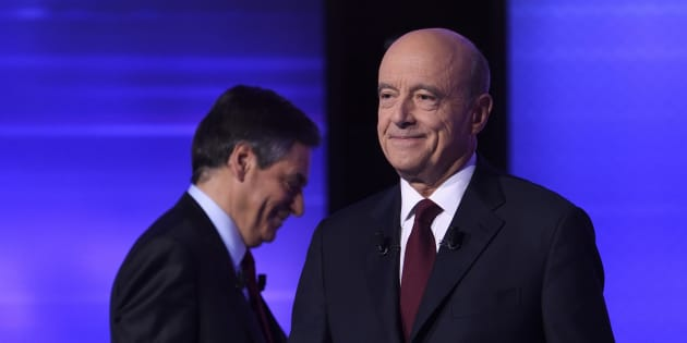 Alain Juppé et François Fillon lors du débat d'entre-deux-tours de la primaire de la droite.